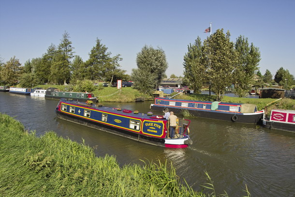 Narrowboat on the River Nene (old course) at March