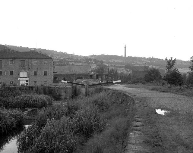 Lock No 1, Rochdale Canal, Sowerby Bridge (2)