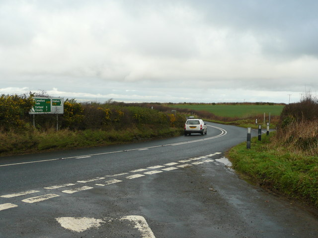 Bend in the A39 near Spanny Hone