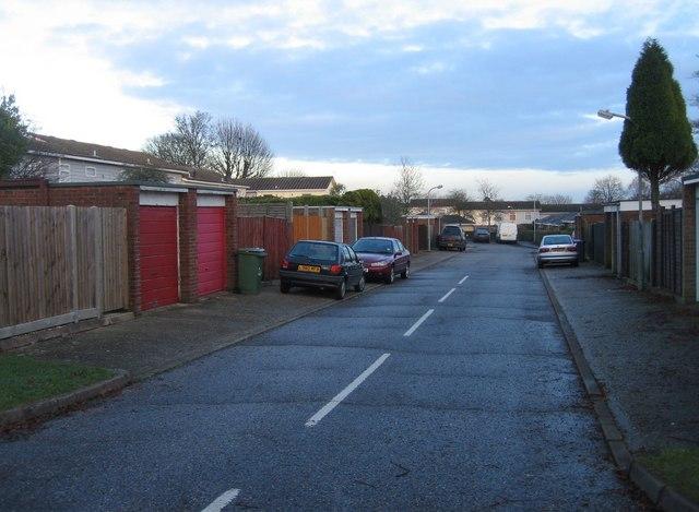 Rear access road off Warwick Road