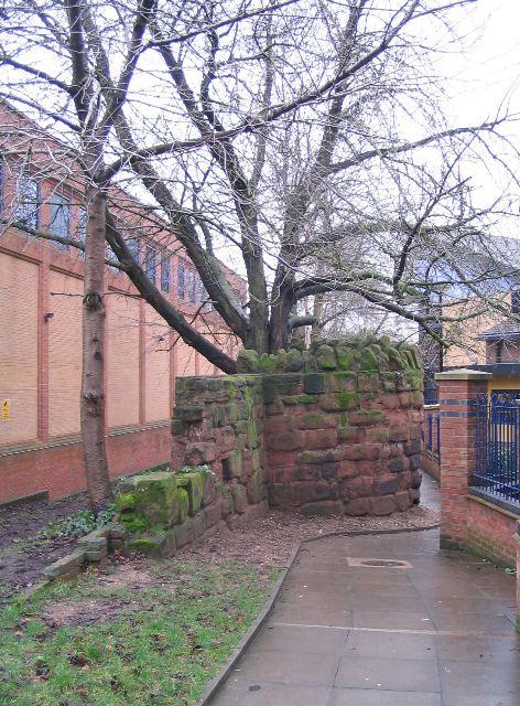 City wall bastion, Upper Well Street