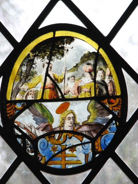 St Edmund's church - stained glass roundel