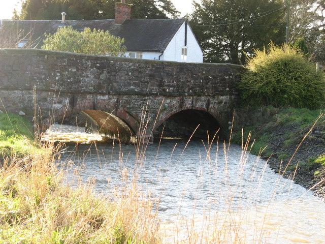 Fast Stream-Low Bridge