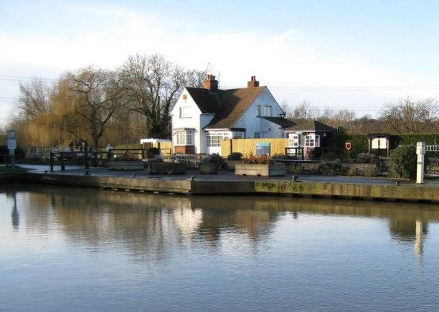 River Thames: Sandford Lock
