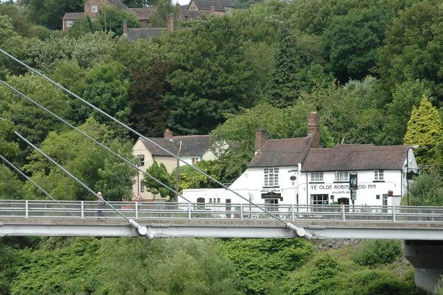 Ye Olde Robin Hood Inn from across the river