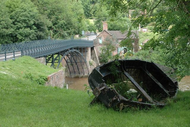Coalport Bridge (weight restricted) & derelict boat