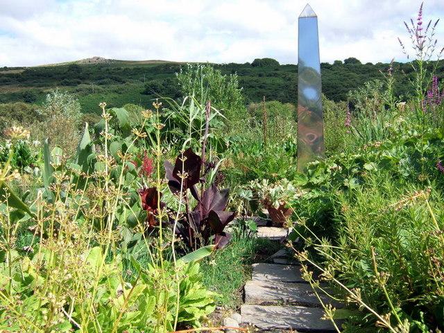 Obelisk at Dyffryn Fernant