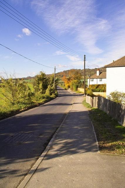 View along Kemsing Road