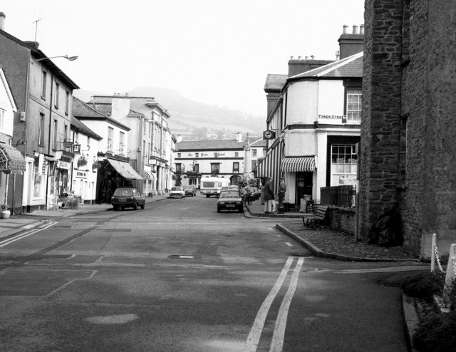 Crickhowell High Street