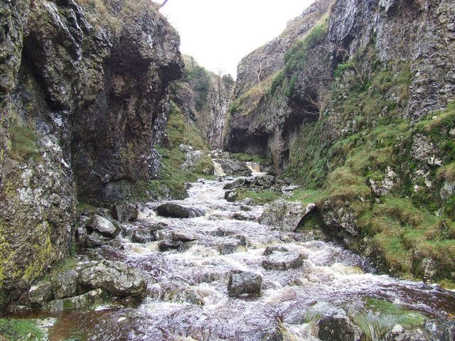 Trollers Gill (with surface drainage)