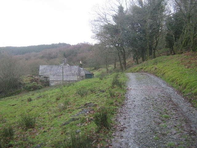 The track to Hendre-henydd
