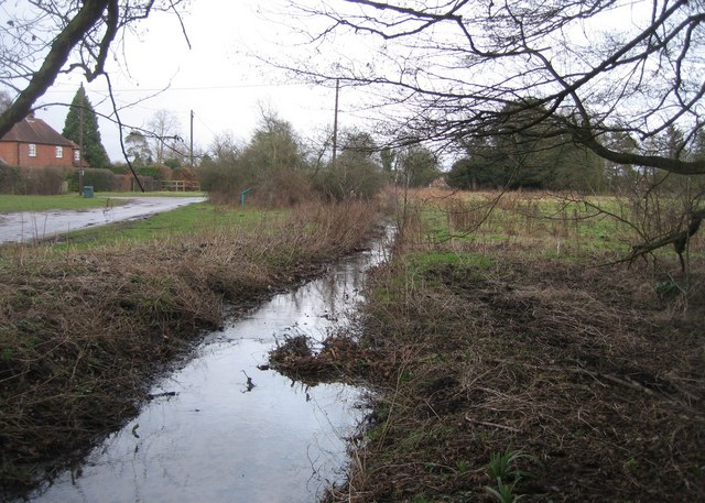 Stream by Warnborough Greens