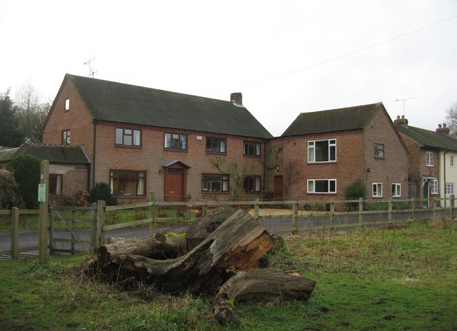 New housing - Warnborough Green