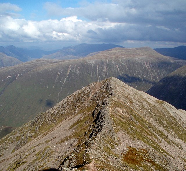 The ridge to Stob Coire Dheirg