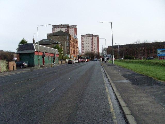 Looking east along London Road