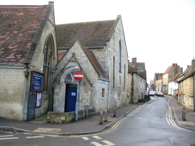 Wheatley: High Street and the United Reformed Church