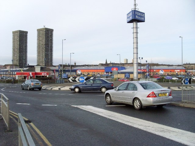 Roundabout at Forge Retail Park