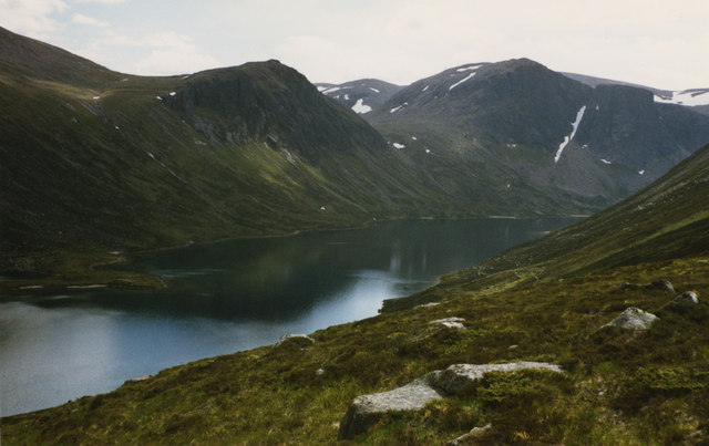 View towards Loch Avon from the Saddle