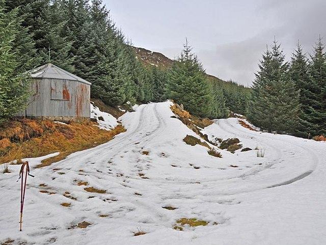 Shelter in upper Glen Boltachan