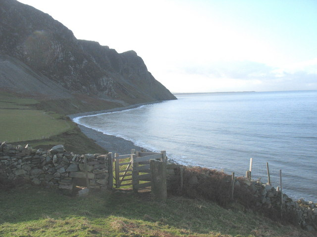 Footpath gate at the southern end of the Trwyn y Tal headland