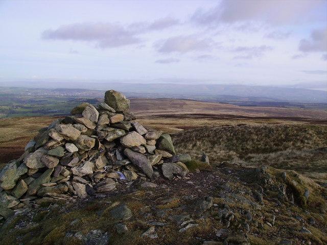 Summit Cairn, Arthur's Pike