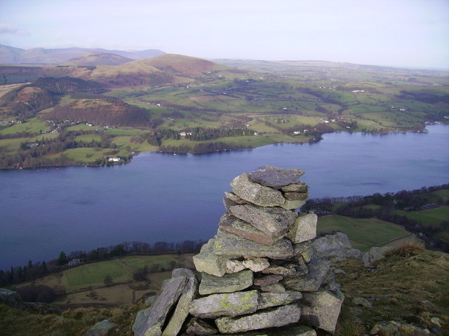 Cairn, Bonscale Pike