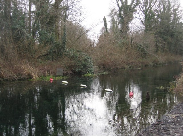 End of navigation - Basingstoke Canal