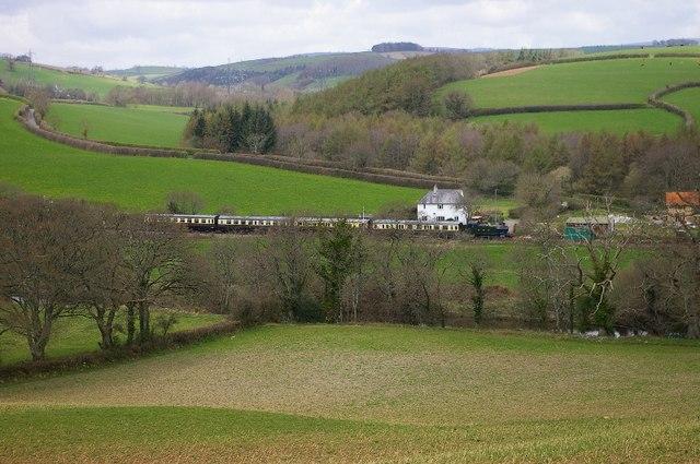 Train approaching Staverton.