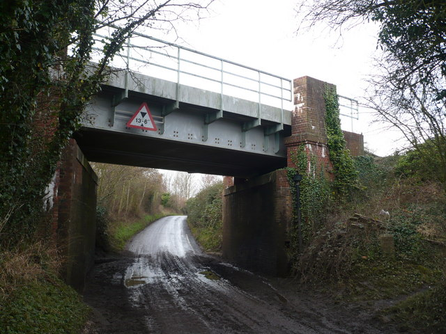 Railway bridge near Selling Station