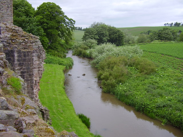River Tyne at Hailes Castle