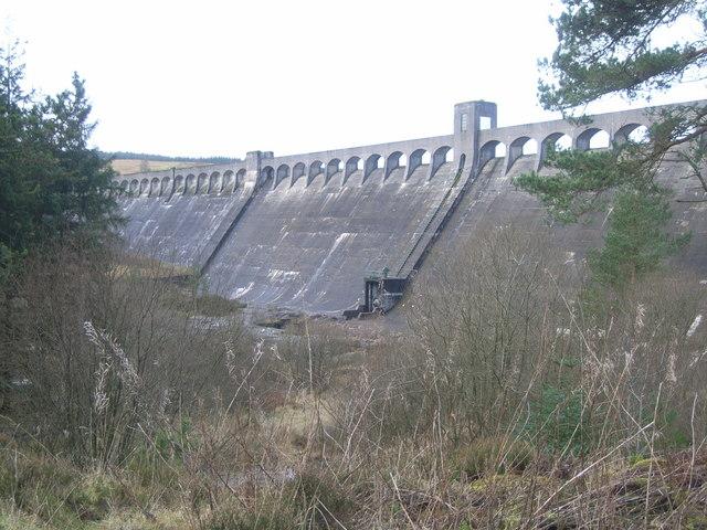 View of Clatteringshaws Dam