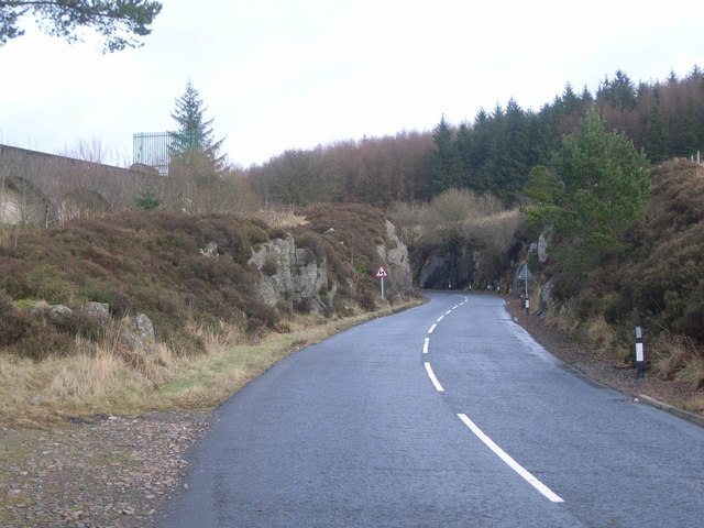 Looking up along the A712 (The Queens Way)