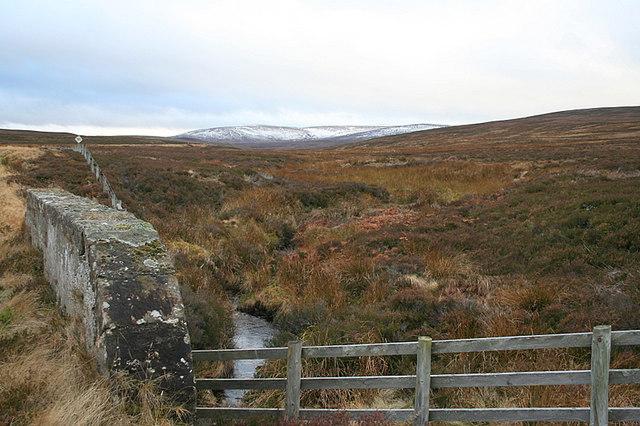 Road bridge over the Allt na Leacainn burn