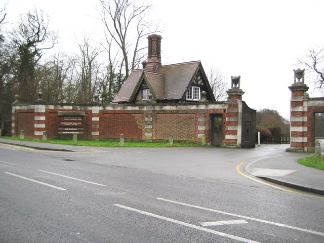 Cockfosters: Trent Country Park