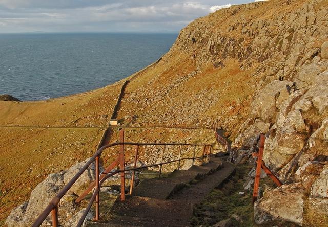 Pathway to Neist
