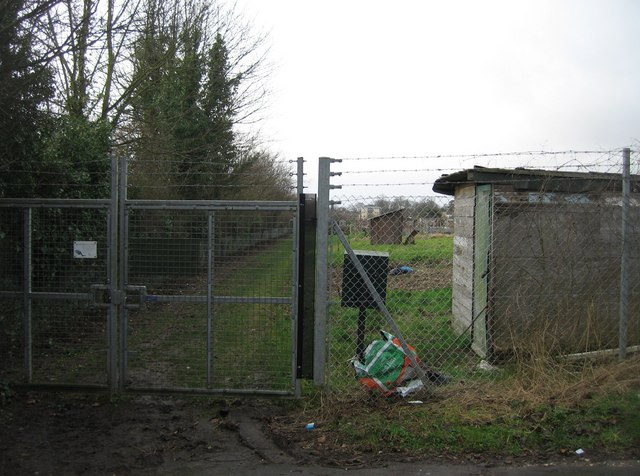 Access gate to South View allotments.
