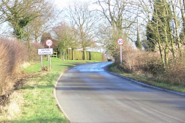 Lychgate Lane enters Aston Flamville
