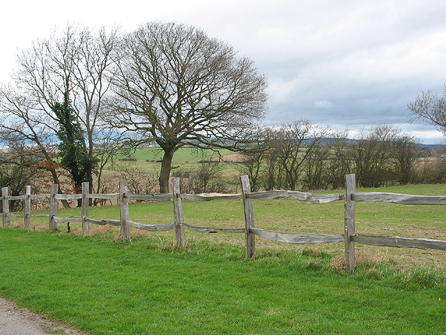 Farmland west of Kempley