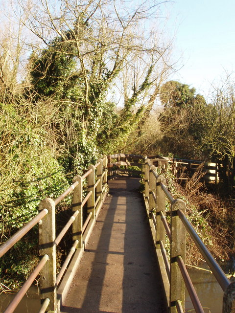Footbridge over the River Colne