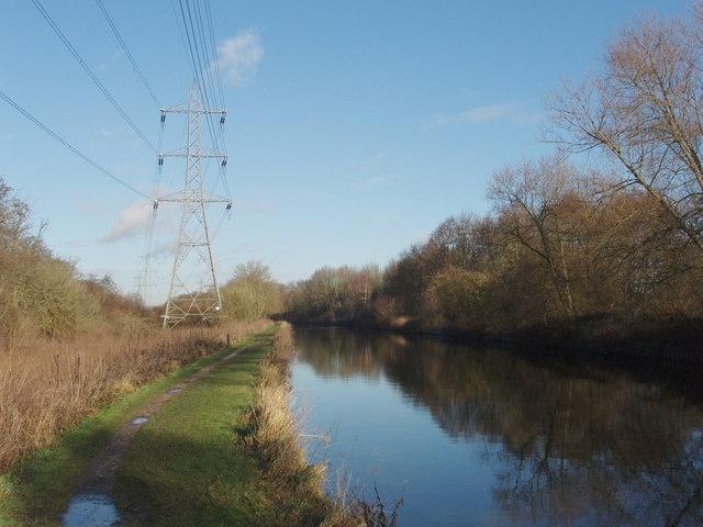 Pylon by the Grand Union Canal, Denham