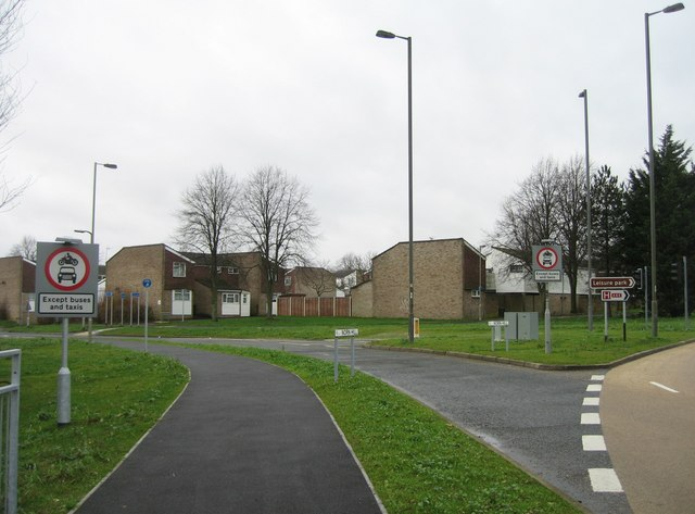 Norn Hill exit from Reading Road roundabout