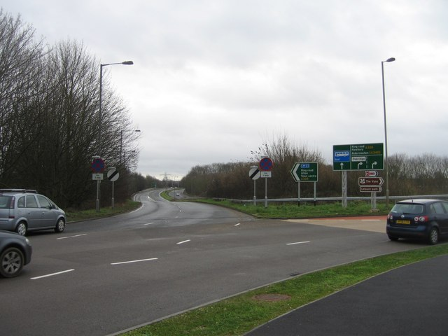 Reading Road joins the Ringway East for the M3