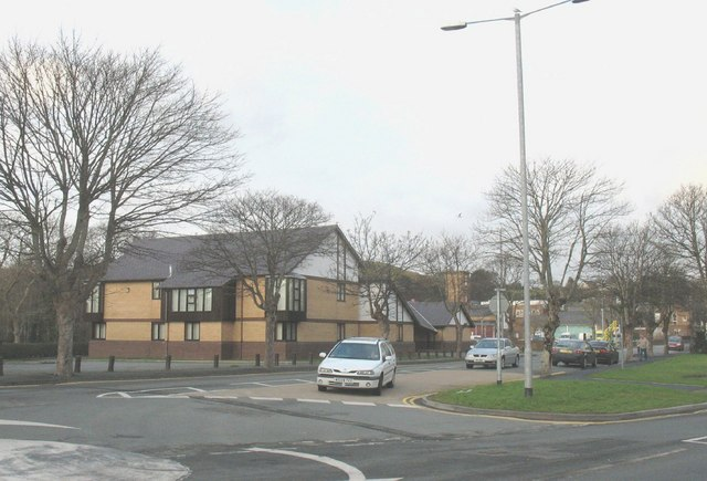 Traffic island at the junction of Cardiff and Penrhydlyniog Roads