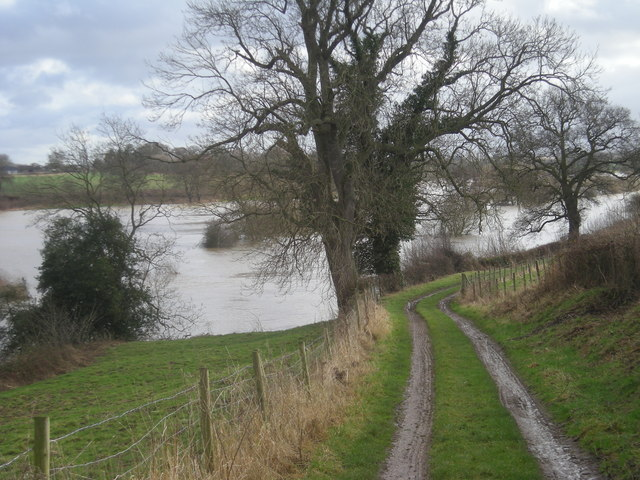 Track beside the flooded River Severn (Jan' 2008)