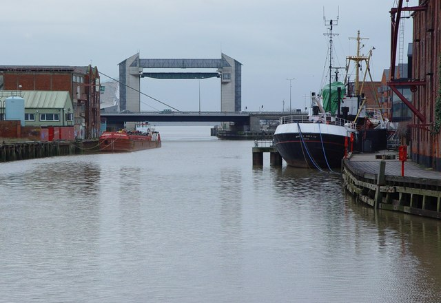 River Hull - South of Drypool Bridge