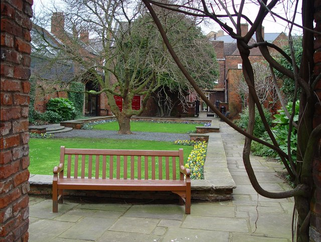 Wilberforce House, Garden
