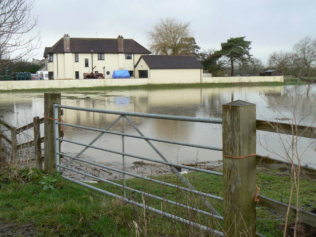 Flooding at Westhay Bridge