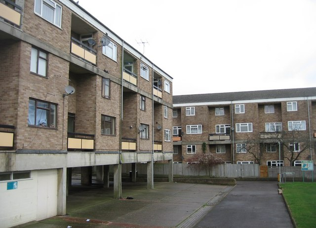 Flats at the end of  Freemantle Close
