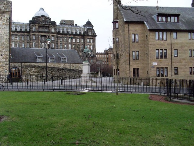 Looking to the Royal Infirmary from Cathedral Square
