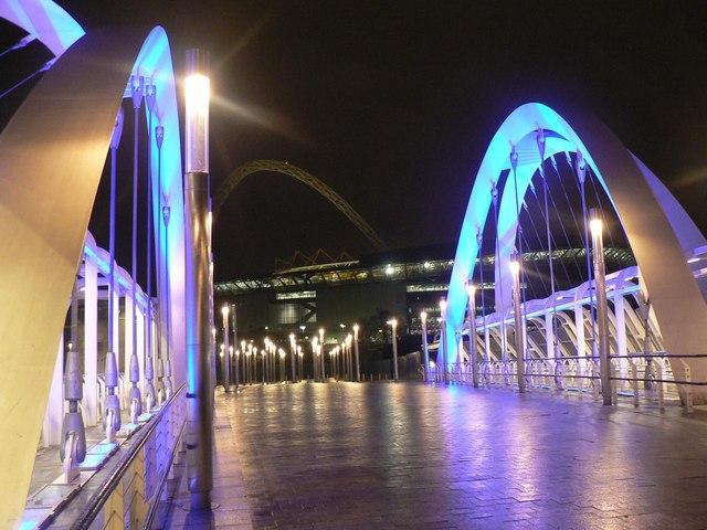 Wembley: Wembley Stadium Station footbridge